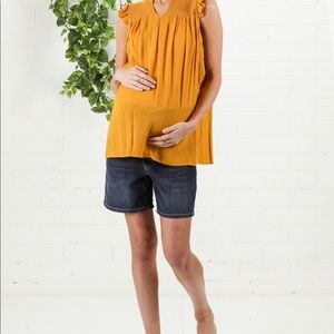 Every Grey mustard maternity blouse size small NWT